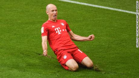 Arjen Robben celebrates his goal in his final game for Bayern Munich.