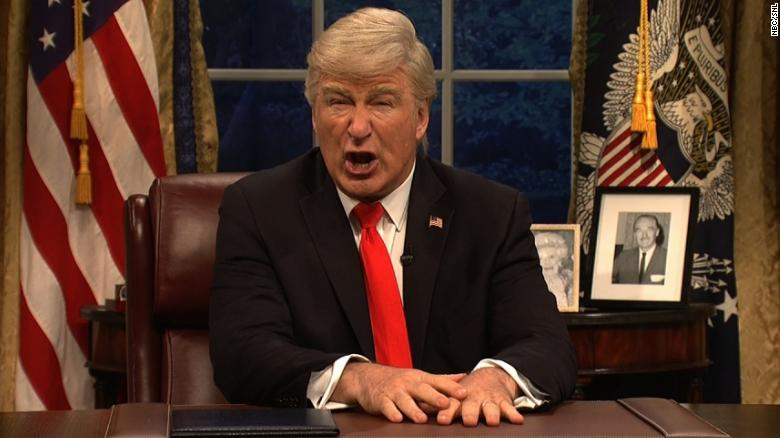 Alec Baldwin's Trump Sings 'Don't Stop Me Now' in SNL Cold Open