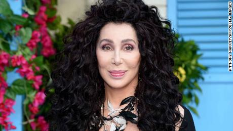 American Post Office Doesn't Want Cher Working For Them