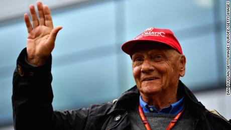 Niki Lauda célèbre après le Grand Prix de Formule 1 de Grande-Bretagne à Silverstone le 16 juillet 2017 à Northampton, en Angleterre.