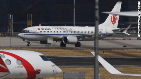 Un Boeing 737 MAX 8 d'Air China vu le 11 mars après son échouement à Beijing.