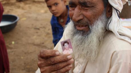 India's minorities fear return of Modi