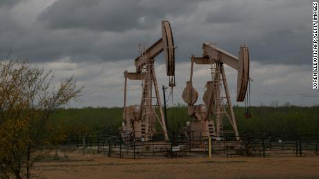 Oil gets clobbered as trade war fears mount