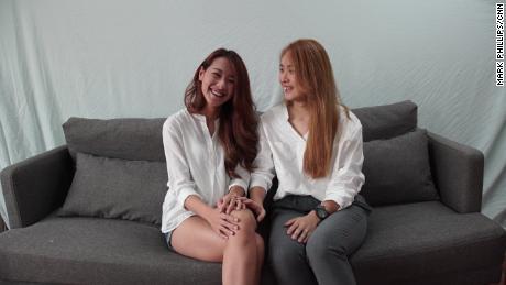Kristin Huang et Amber Wang, l'un des premiers couples à se marier officiellement à Taiwan vendredi