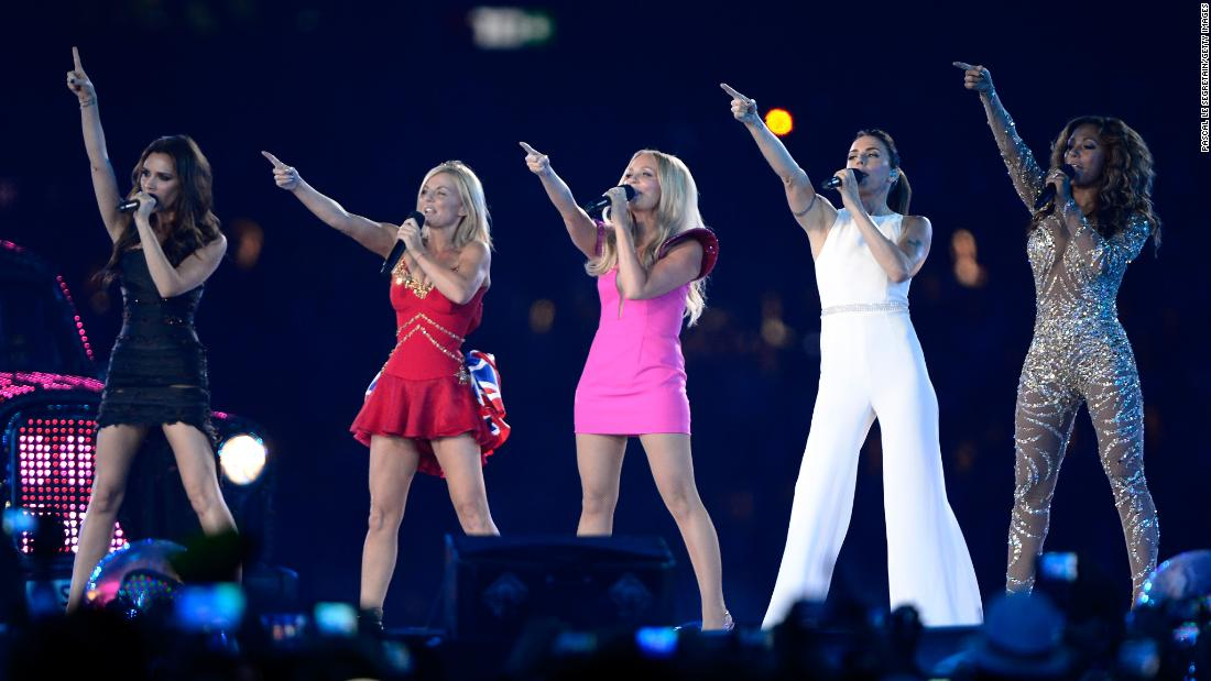 Spice Girls concert's 'awful' sound disappoints fans - CNN