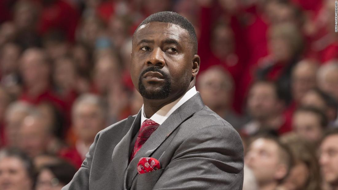 University of Wisconsin basketball coach Howard Moore's wife and daughter were killed in a car accident - CNN