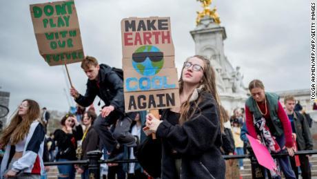 Le changement climatique pourrait constituer une menace existentielle. d'ici 2050: rapport
