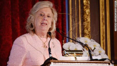 Linda Fairstein a défendu le traitement de l'affaire Central Park Five.