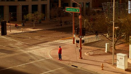 These photos of strangers at crossroads are a metaphor for life and politics