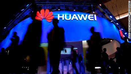 Un monde divisé par 5G: l'accord conclu entre la Russie et Huawei est le dernier signe d'un rideau de fer sur Internet