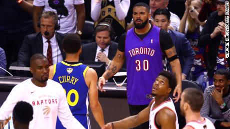 Steph Curry FaceTimed Raptors superfan Drake after NBA Finals loss
