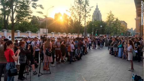 Une manifestation devant un bâtiment gouvernemental à Moscou vendredi.