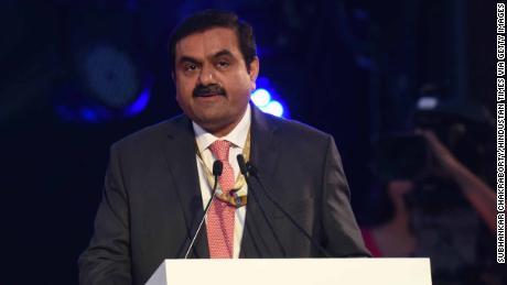 Gautam Adani est l'une des personnes les plus riches d'Inde.