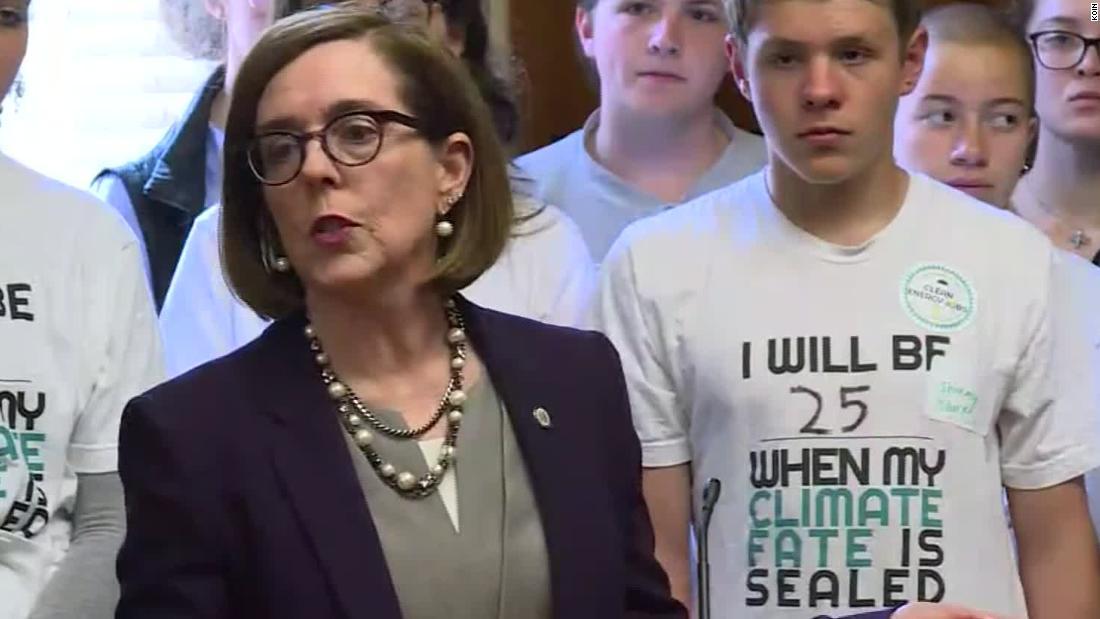 Oregon state GOP chair begins effort to recall Democratic Gov. Kate Brown - CNNPolitics
