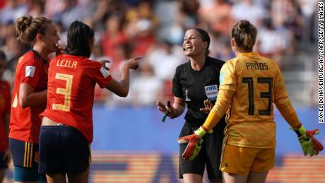 Les batailles américaines pour la victoire sur l'Espagne atteindront les quarts de finale de la Coupe du monde féminine