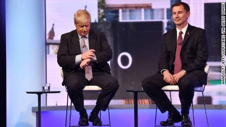 Both Boris Johnson and Jeremy Hunt say they are willing to take the UK out of the EU without a deal.