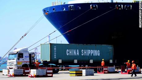 The global economy has just dodged another bullet. But the commercial truce between EE. UU And China will not be solved