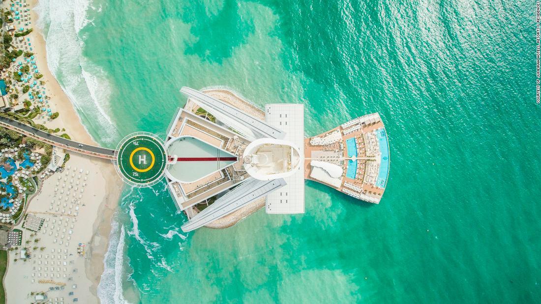 'World's most famous' helipad on Burj al Arab turns 20