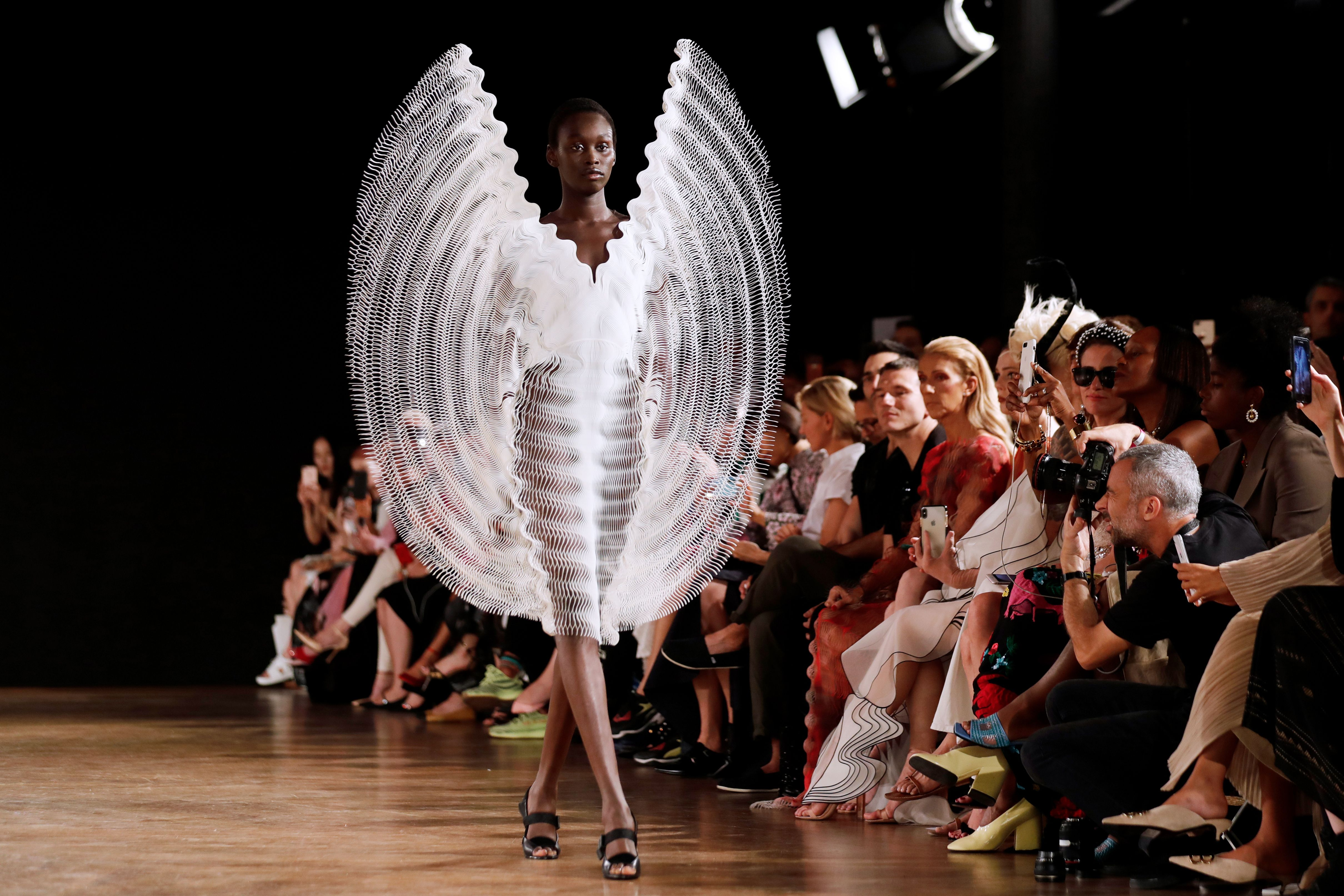 Tech And Sustainability Get A Glamorous Twist At Haute Couture Fashion Week Cnn Style