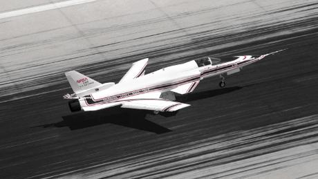Grumman X-29: The impossible fighter jet with inverted wings