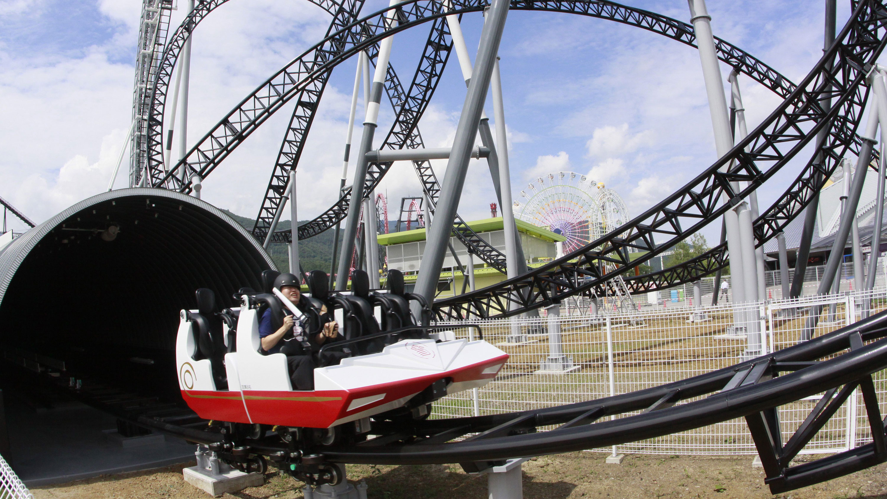 5 Scariest Roller Coaster Drops In The World The Hills That Thrill Cnn Travel