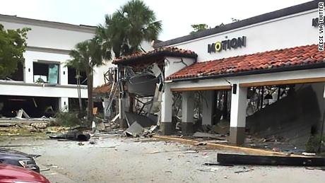 At least 21 people injured in gas explosion at Florida shopping center