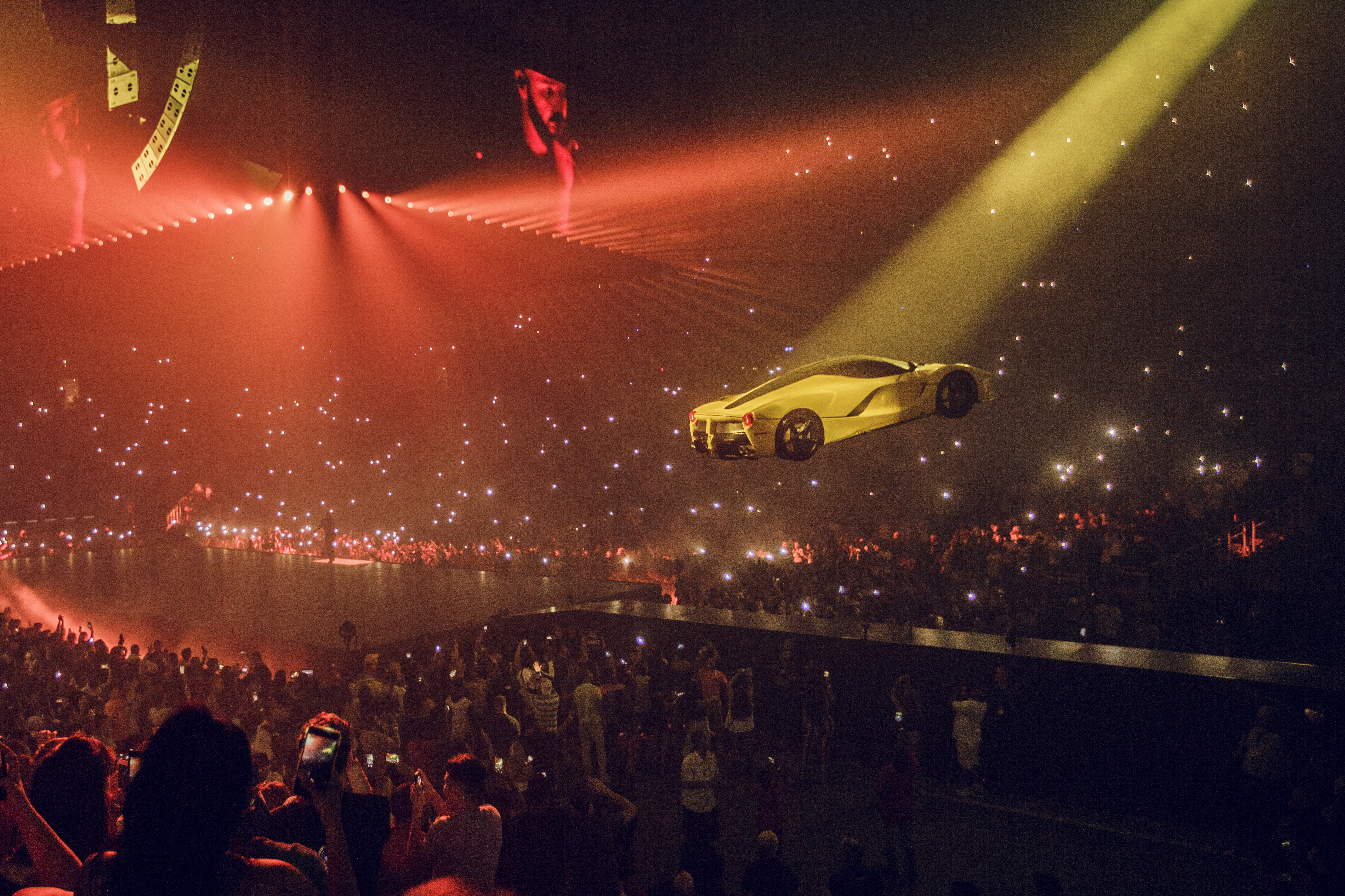 Willo Perron The Man Who Brought A Flying Ferrari To A Drake Concert Cnn Style
