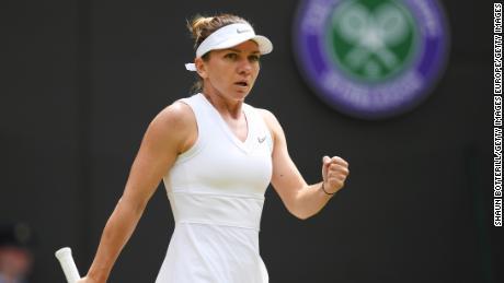 Simona Halep surged to victory to progress into the quarterfinals.