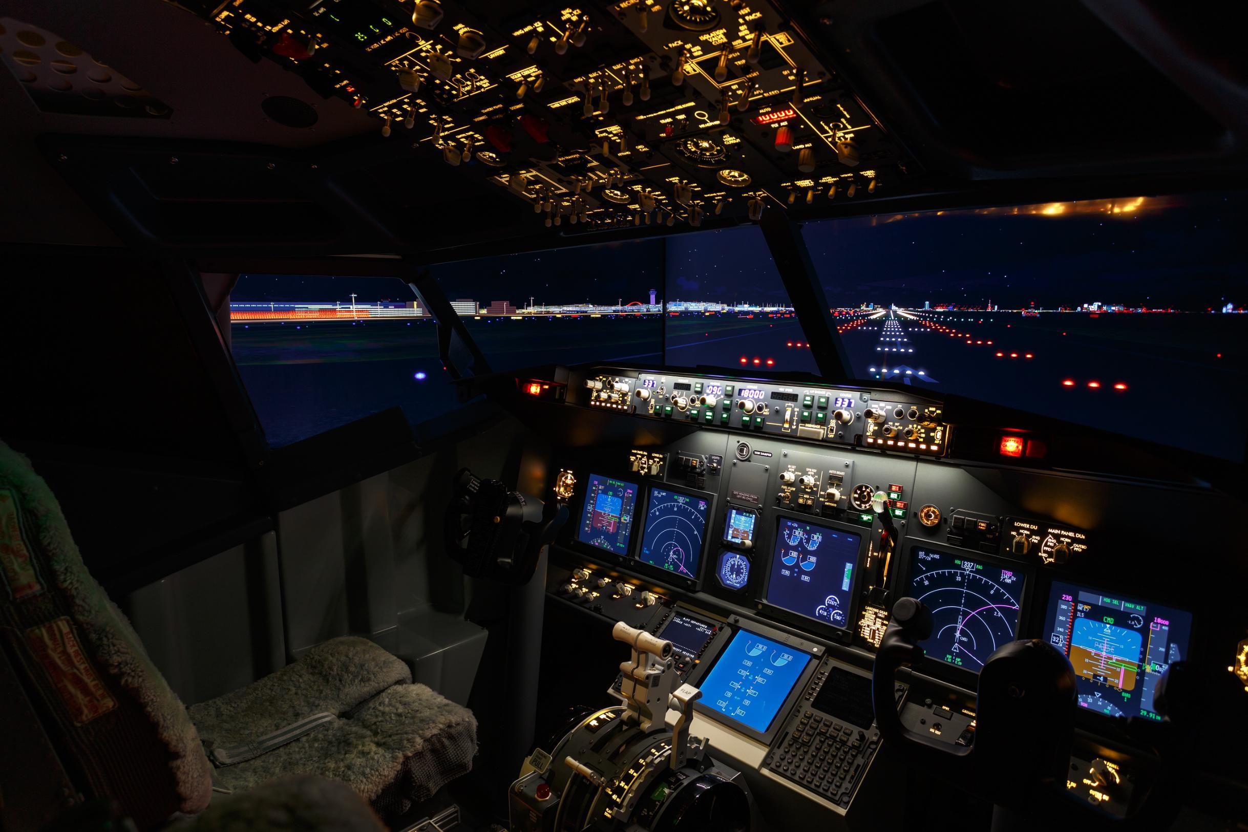 Japanese airport hotel puts flight simulator in room   CNN