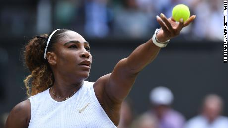Serena Williams delivers 1-2 punch during training session with Mike Tyson
