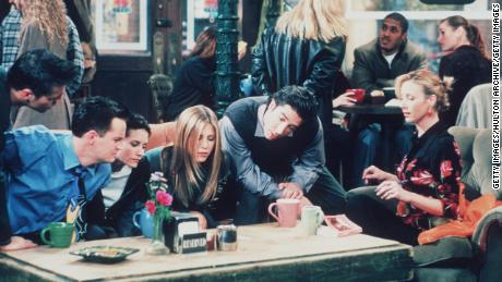 'Friends' 25th Anniversary Spawns A Pop-Up Experience Straight Outta 1994