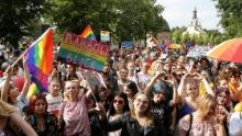 6 in 10 LGBTI people afraid to hold hands in public, Europe-wide survey finds