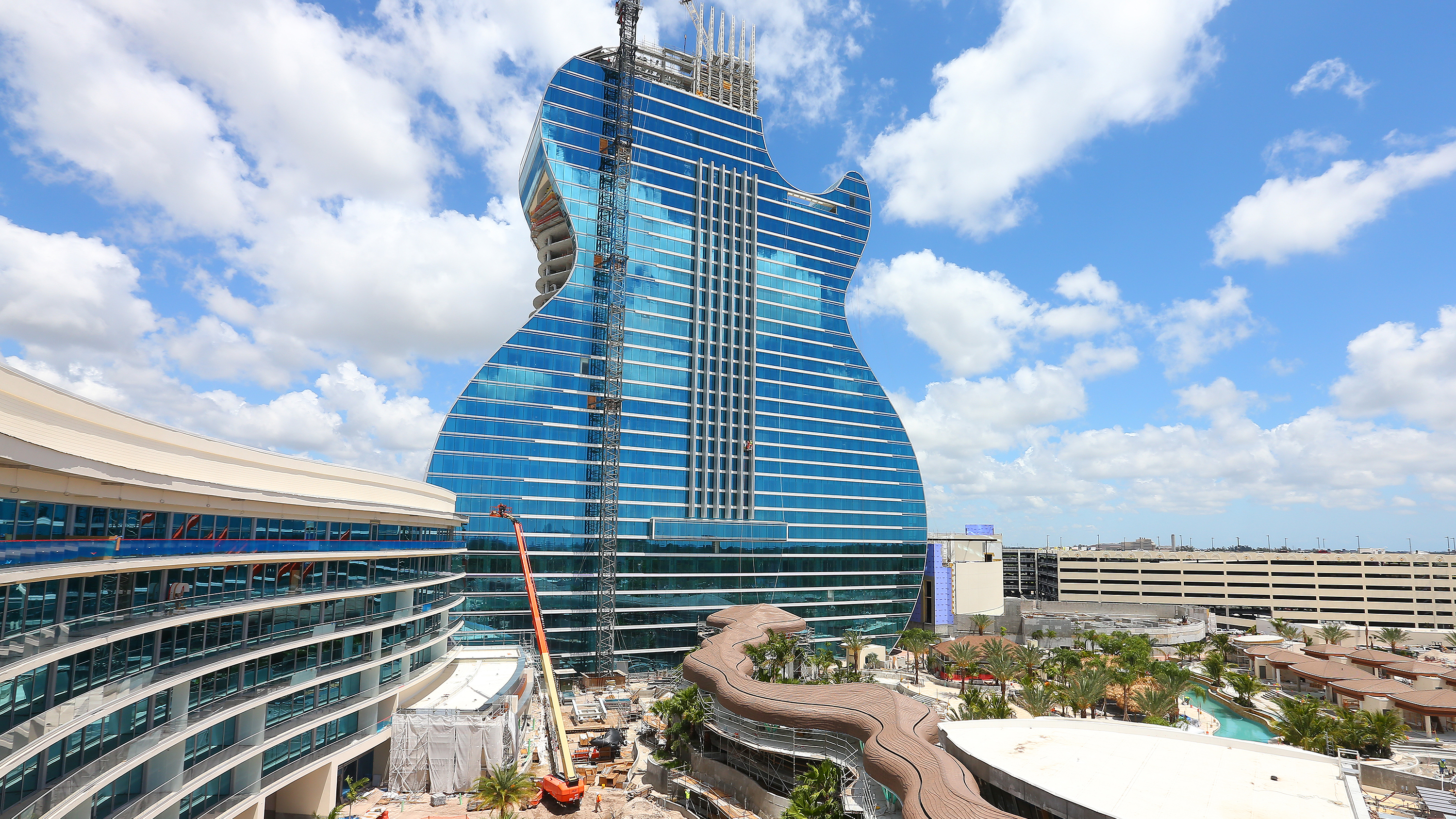 Hard Rock will open a guitar-shaped hotel in Hollywood