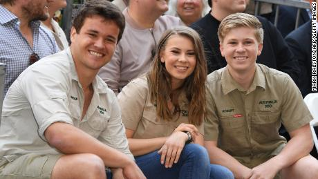 Bindi Irwin Pens Note to Late Dad Steve Irwin After Engagement