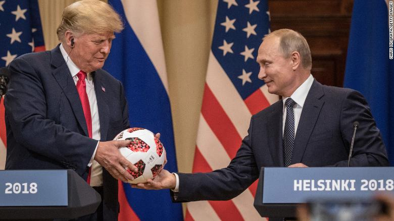 25 times Trump was soft on Russia