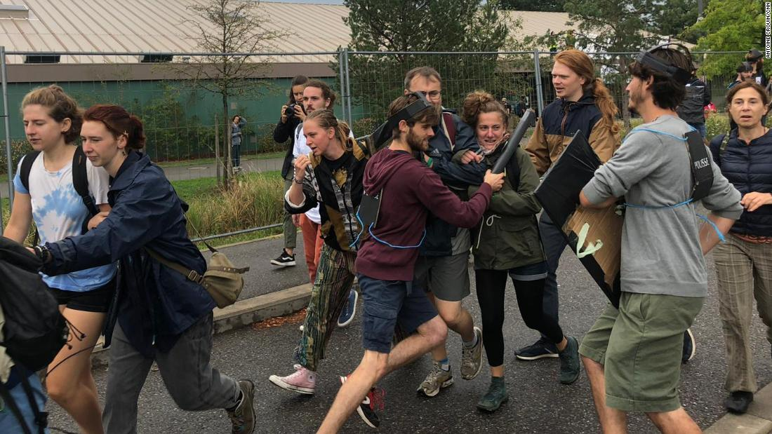 Climate change camps are training a new wave of eco-warriors - CNN