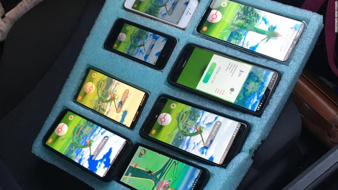 Man playing Pokémon Go on eight phones in his car gets a warning from the Washington State Patrol - CNN