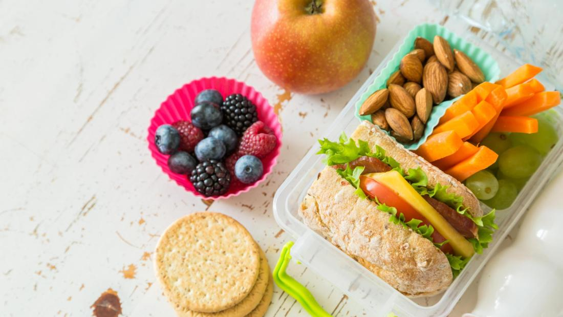 These genius bento boxes and lunch bags keep all your school lunches perfectly organized