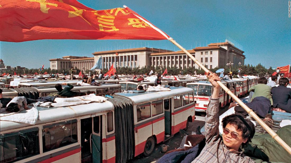 Striking photos document the collapse -- and evolution -- of 20th century communism
