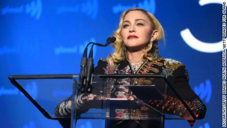 Man sues Madonna for late concert