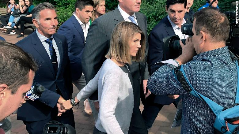 Lori Loughlin among those facing new charges in USA college admissions scam