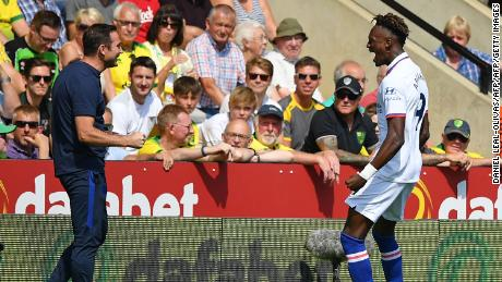 Tammy Abraham praises Chelsea head coach Frank Lampard for his support on and off the pitch.