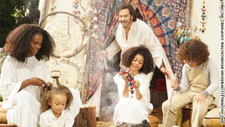 Tika Sumpter, Mykal-Michelle Harris, Mark-Paul Gosselaar, Arica Himmel, Ethan Childress in 'Mixed-ish'