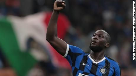 Romelu Lukaku celebrates his goal for Inter during the Serie A match against Lecce  on August 26.