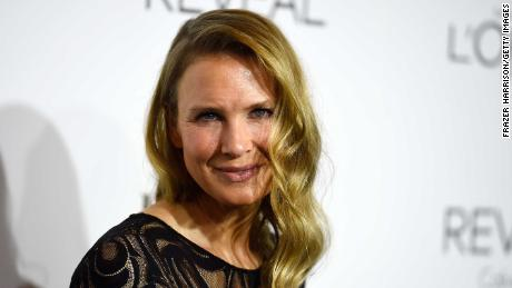 Renee Zellweger breaks down after getting standing ovation for 'Judy'