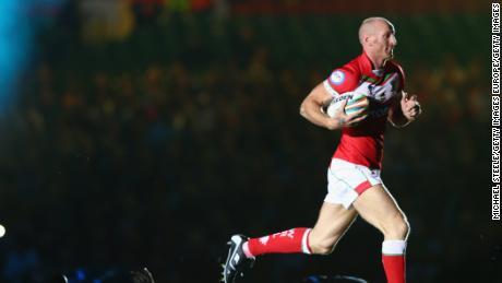 L'ancien capitaine du Pays de Galles Gareth Thomas révèle être séropositif — Rugby