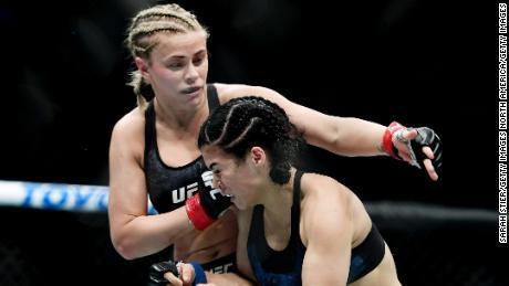 Paige VanZant se bat pour l'égalité dans le MMA