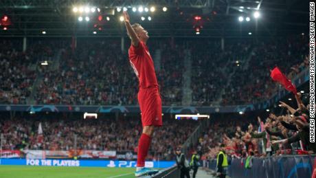 Erling Braut Haland inscrit un triplé lors de ses débuts en Ligue des champions