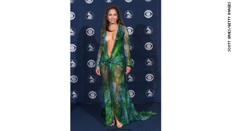 Remember J.Lo's iconic dress from the 2000 Grammy's? She just wore an updated version