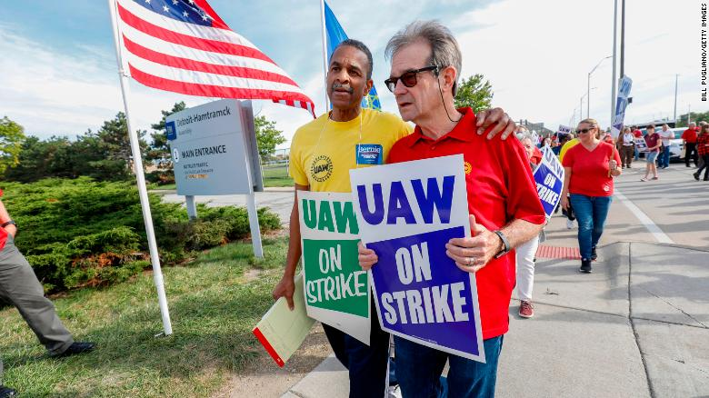 UAW leaders and workers feel disappointment on day 21 of the strike